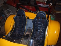 Both seats and harnesses installed (click for larger image)